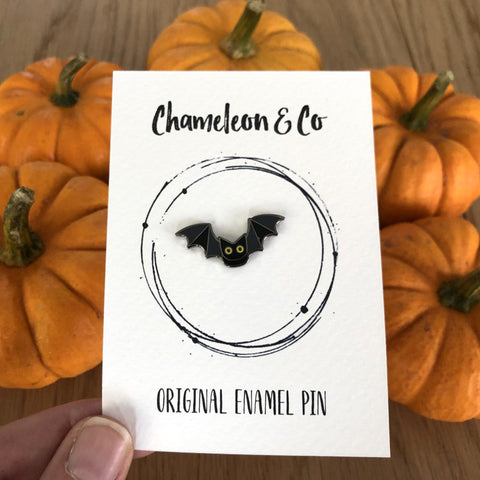 halloween bat enamel pin, bat enamel pin, halloween badge, bat badge halloween, trick or treat badge, halloween pin badge, halloween bat accessory, halloween bat jewellery