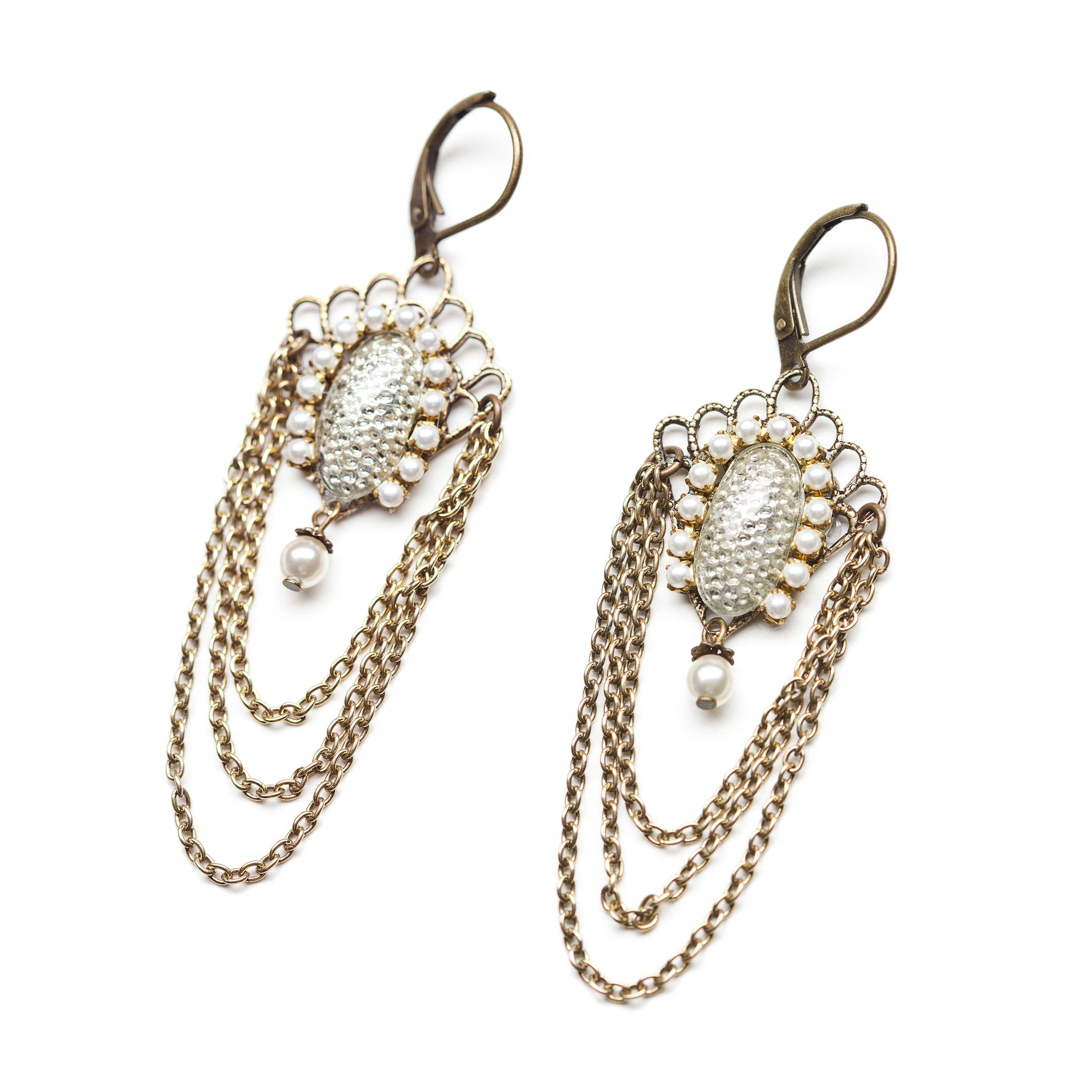 Vintage inspired chandelier earring with pearls and chains