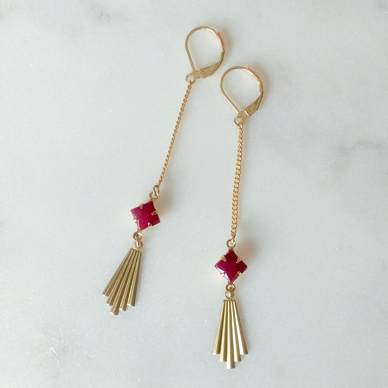 Scorsese Earrings in burgundy (SD1198)