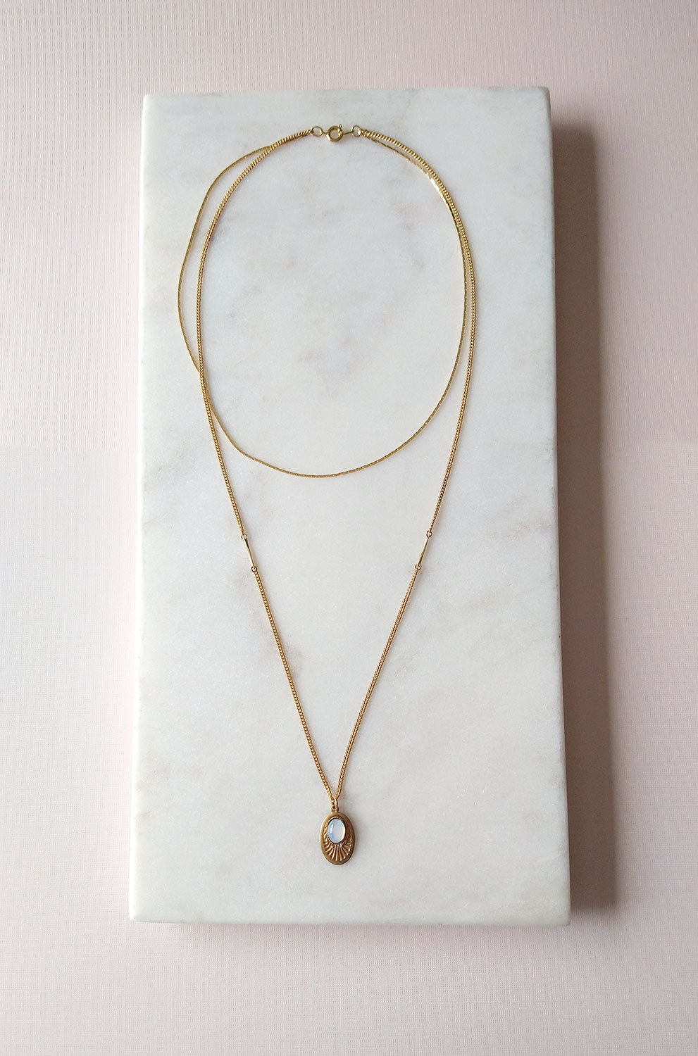 Double Layers Necklace in opal white (SD1346)
