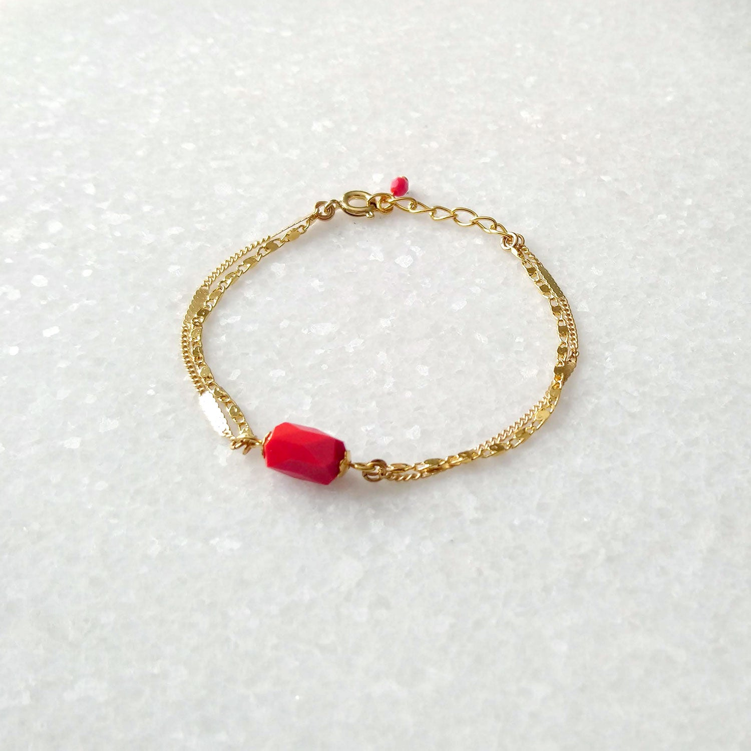 Reg and gold bracelet multilayers