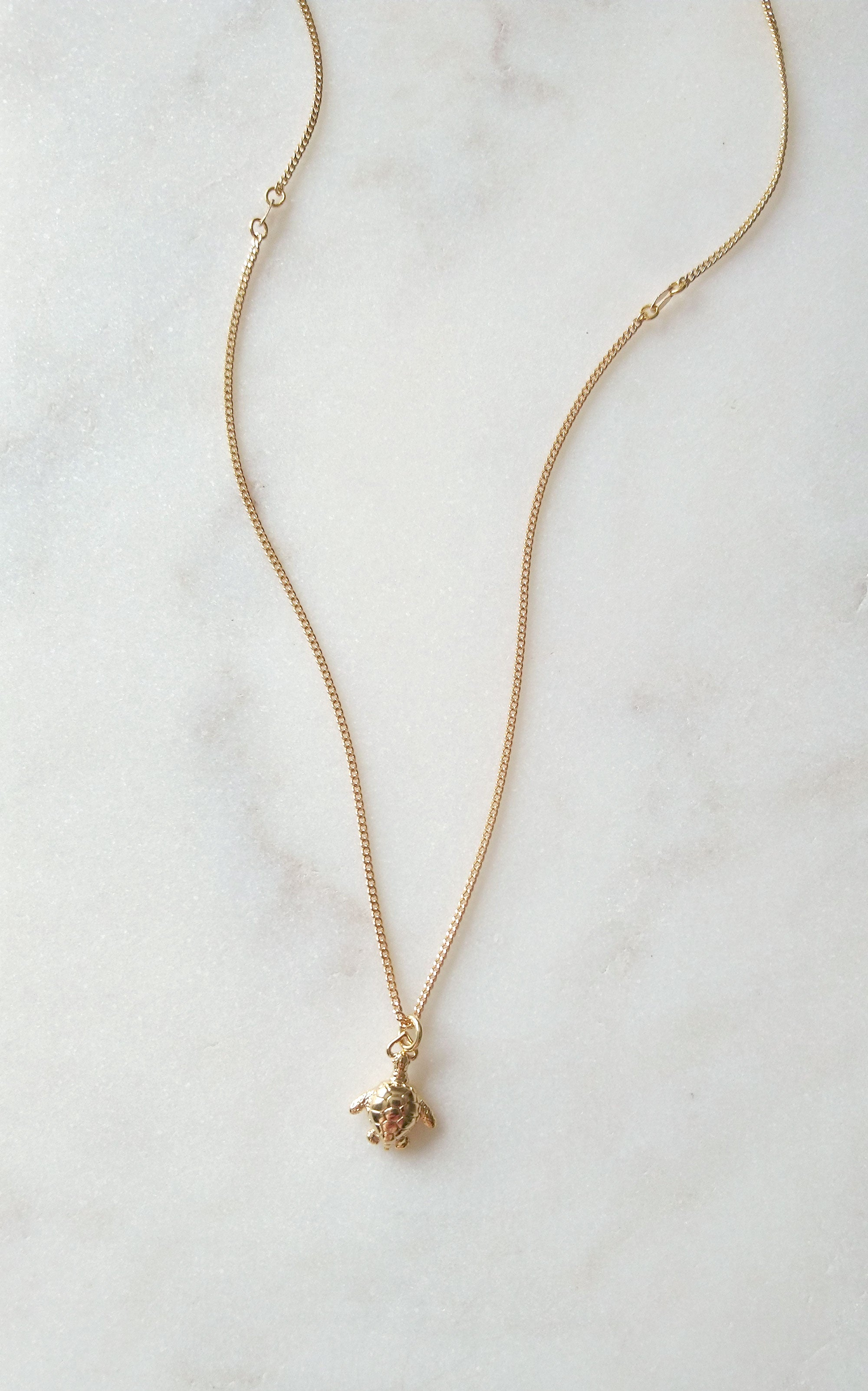 animal charm necklace turtle