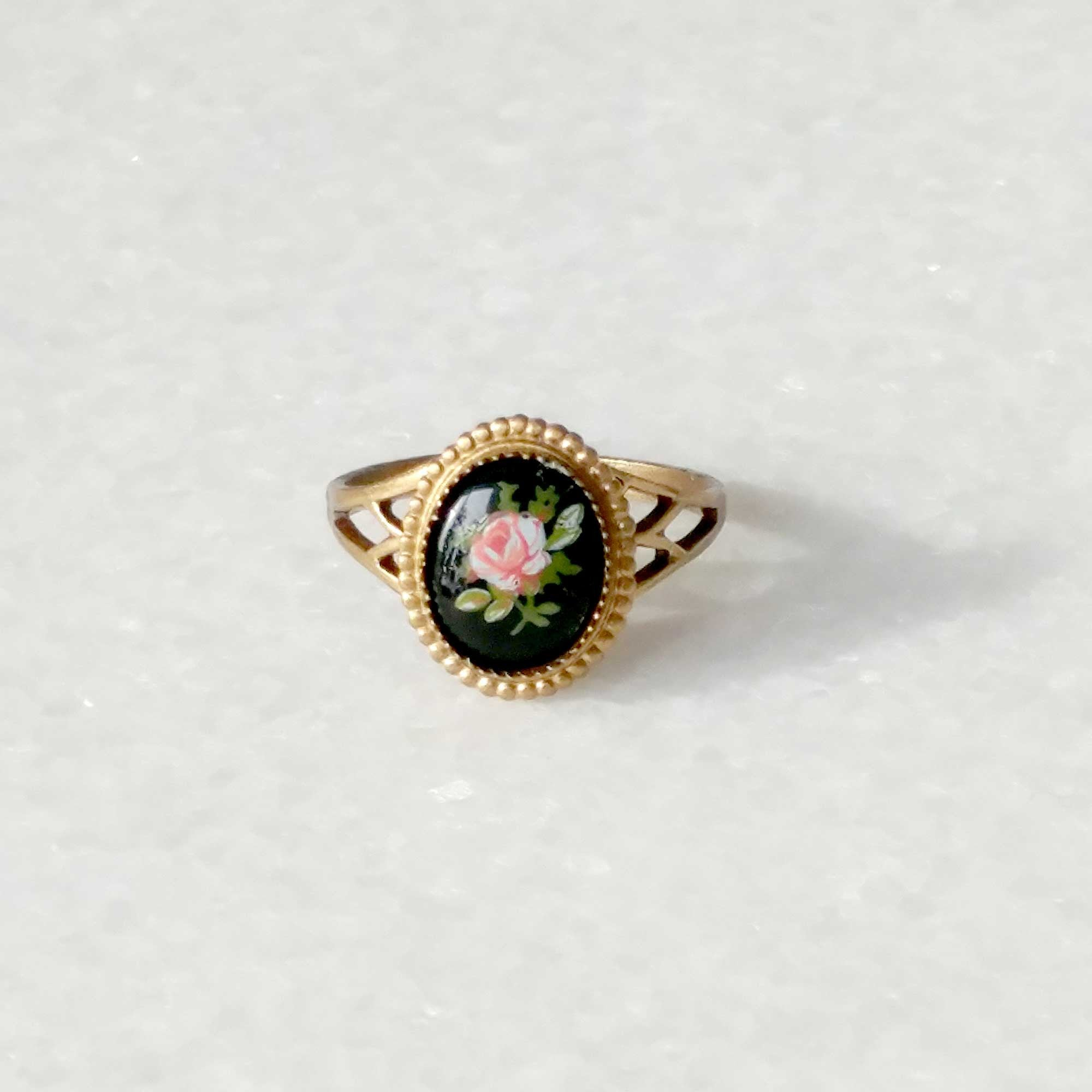 Rose ring adjustable cameo ring