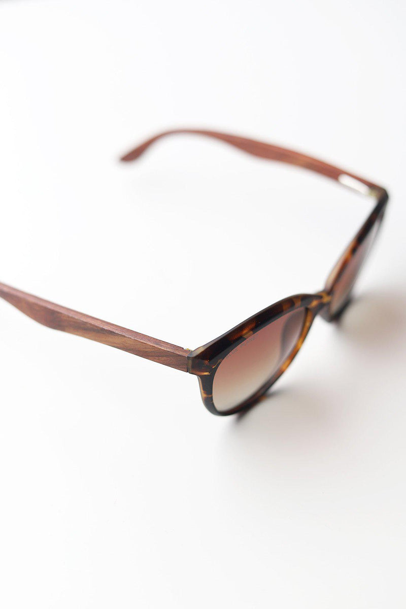 Breah Polarized Sunglasses - Matte Amber Tortoise + Walnut Wood