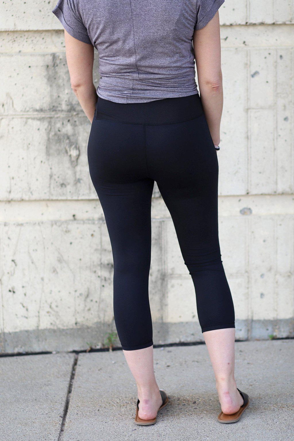Livia Highwaist Capri Leggings - Gallery 512 Boutique
