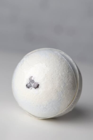Juniper + Spruce Bath Bomb - Gallery 512 Boutique
