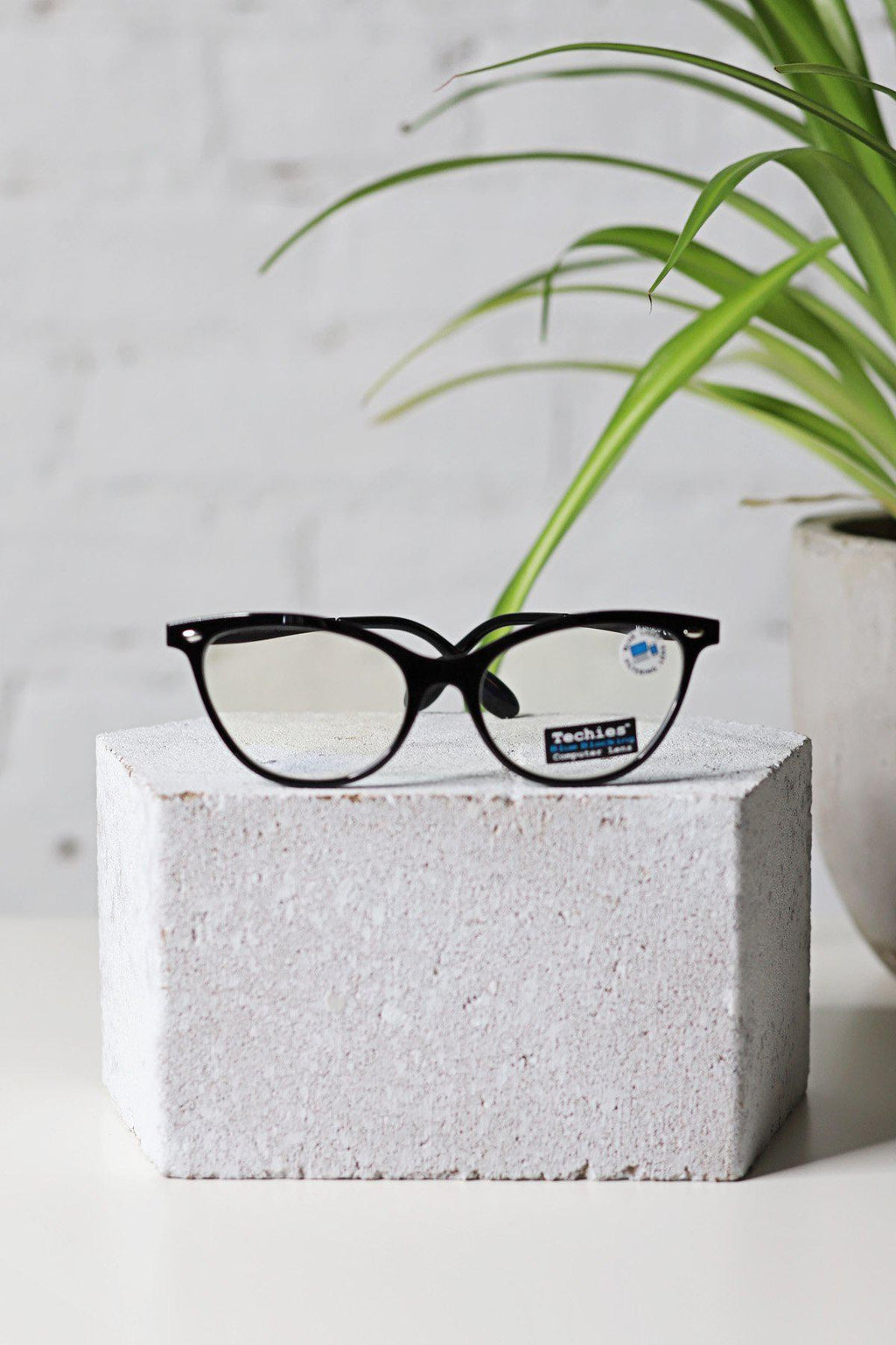 Black Cat Eye Blue Light Glasses - Gallery 512 Boutique