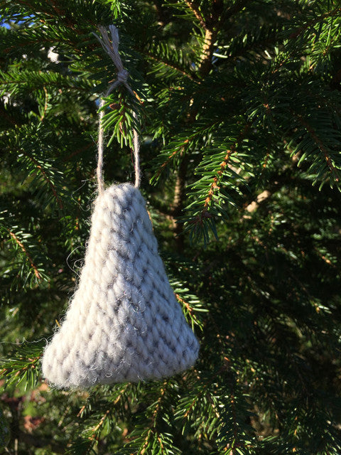 Handwoven Fir Tree - Snow