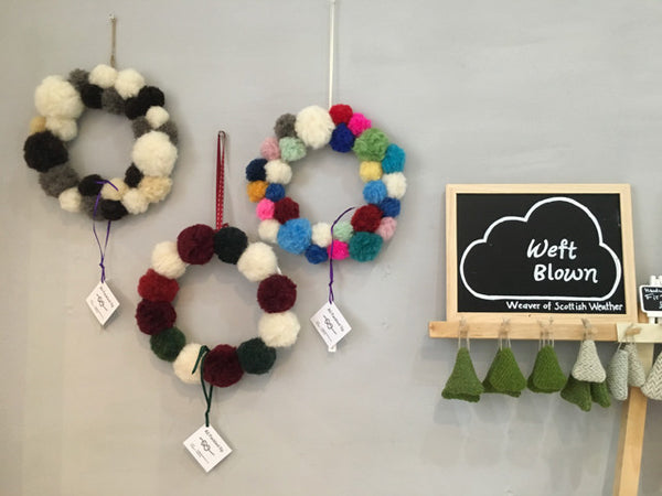 Winter Pom Pom Wreath by Fankled Up