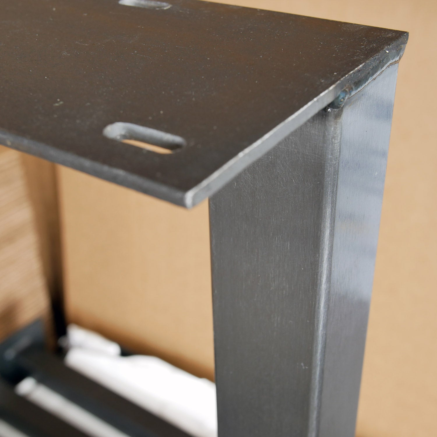 Metal table leg with Brushed finish and top mounting plate