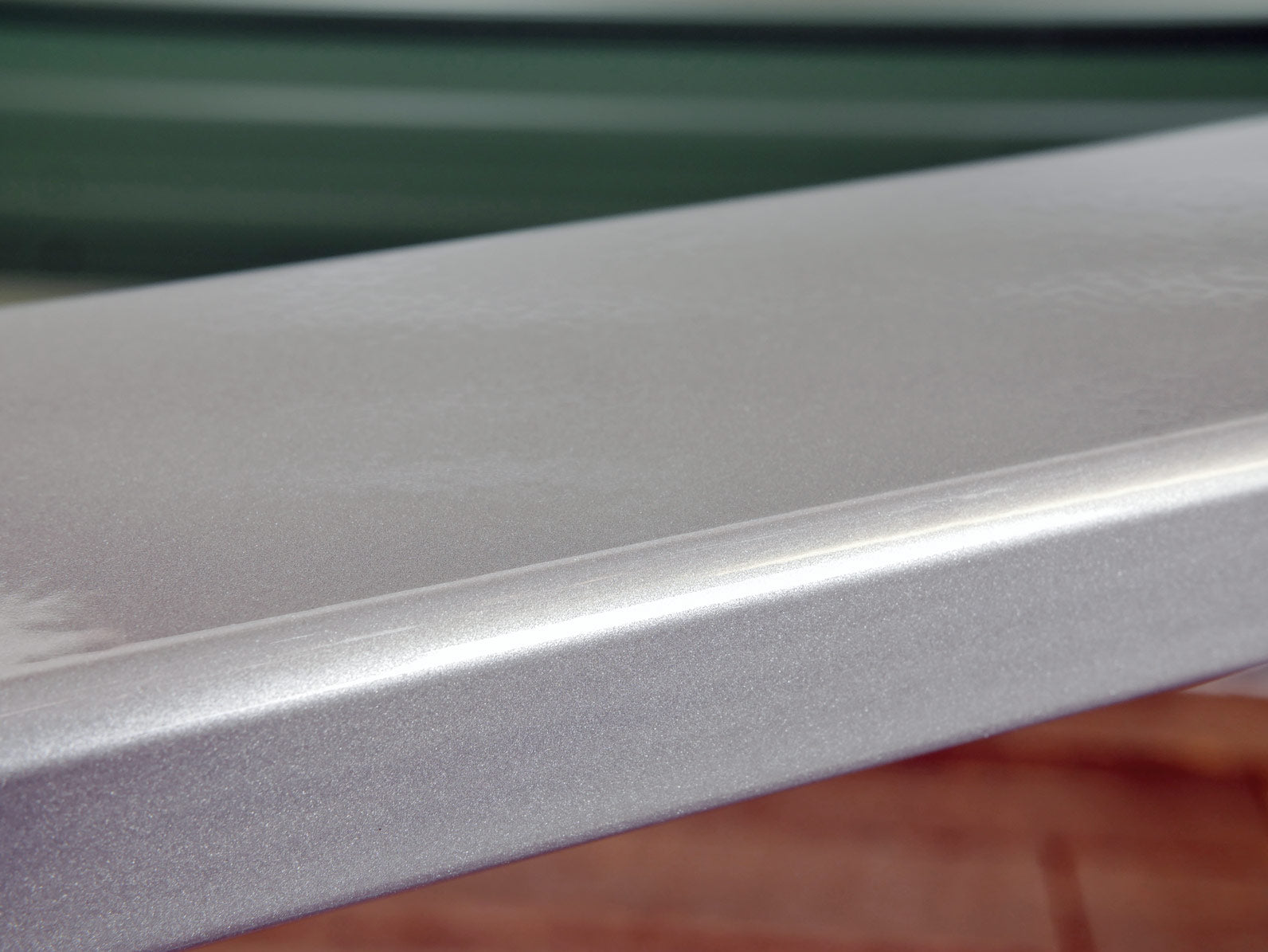 'Silver Metallic' finish on 1x3 tube steel material