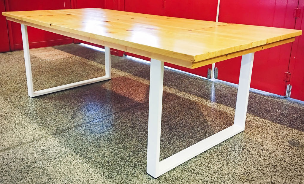 Custom Metal table legs 'Craftsman' in white by Symmetry Hardware