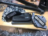 Attaquer Goodies Bundle (Gloves/Pouch/Cap)