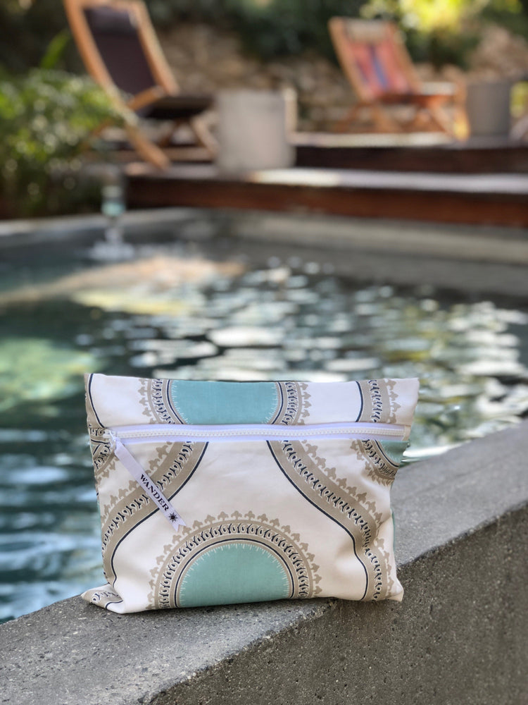 Palm Springs in Oasis Wet Bag, poolside