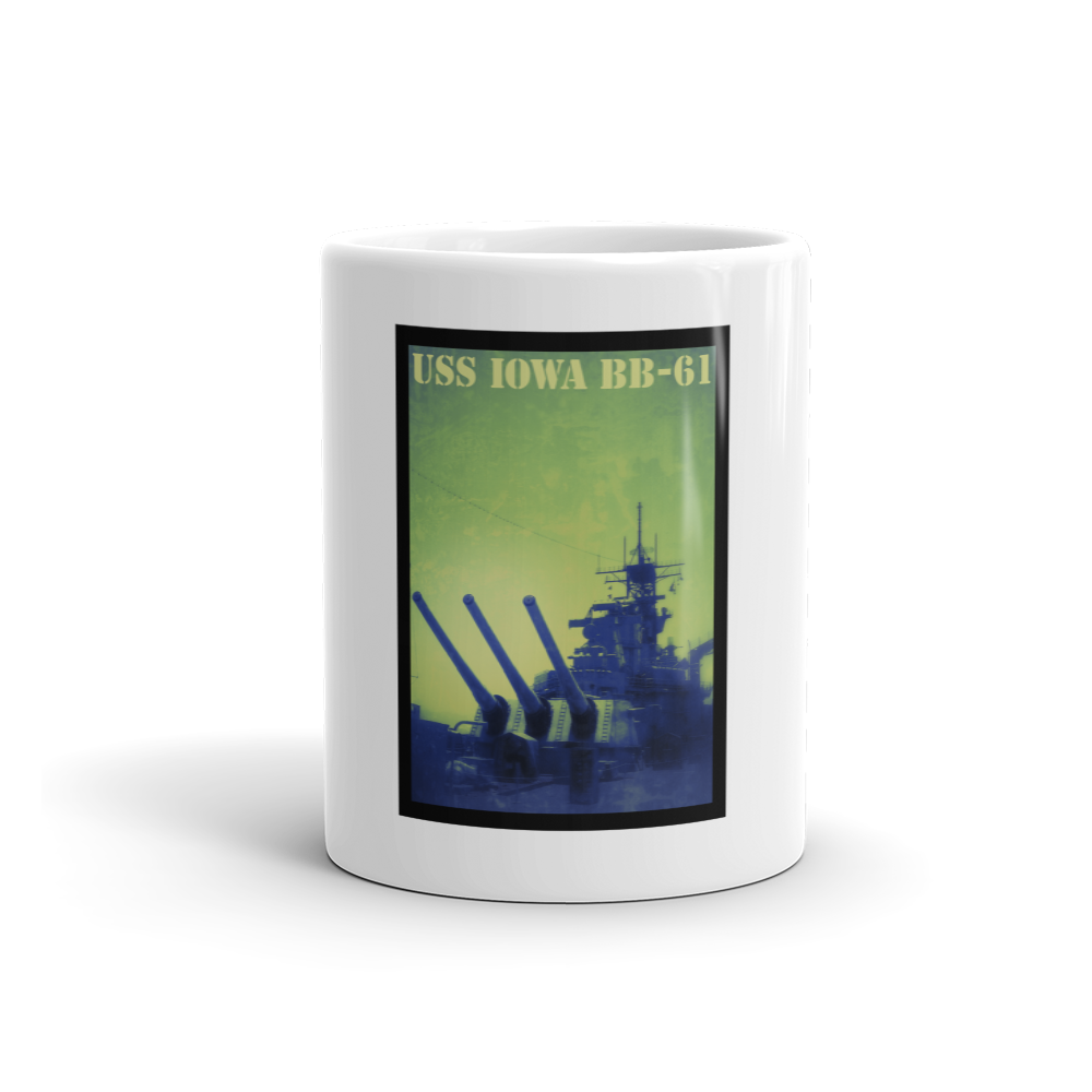 USS IOWA BB-61 GUNS DRAWN Mug - Tom Tate Studios