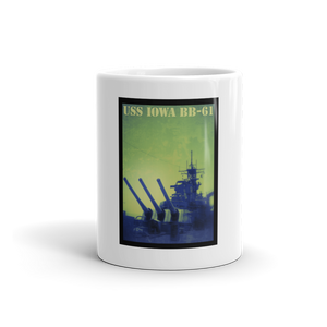 USS IOWA BB-61 GUNS DRAWN Mug - TaterSkinz