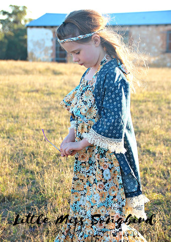 Kimono with lace trims - sewing pattern by Pattern Emporium