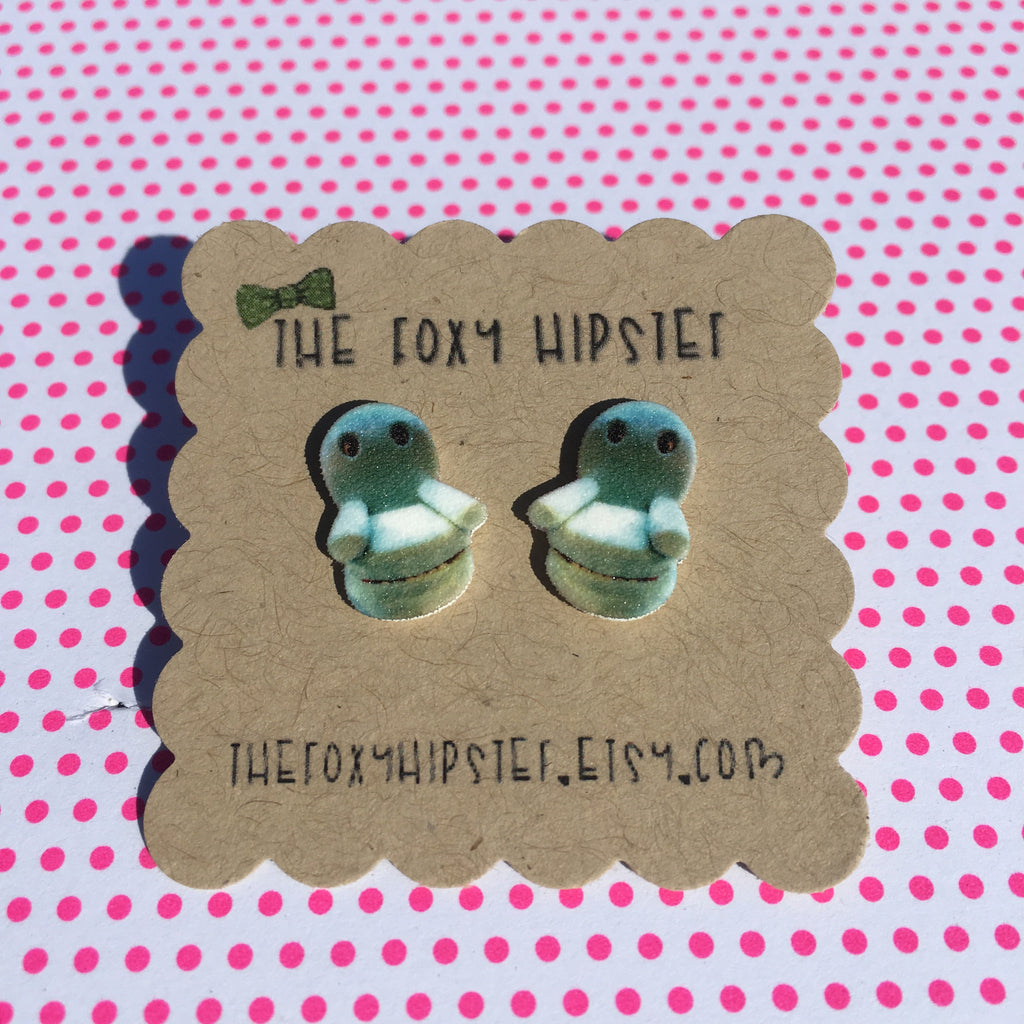 Chairry Stud Earrings