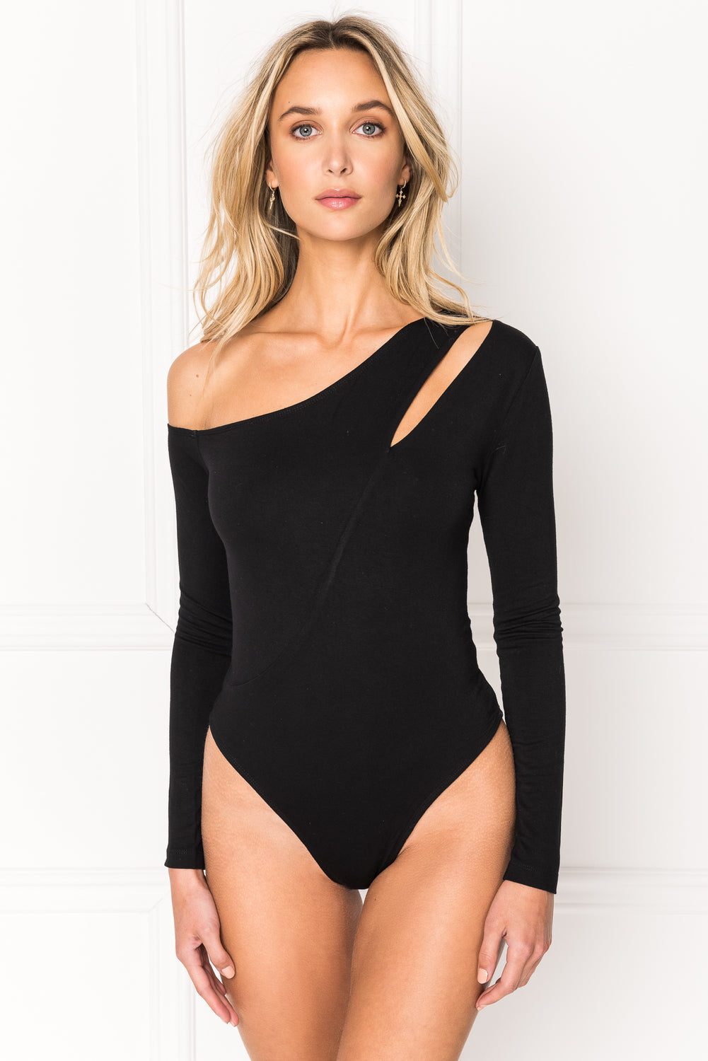 FLAVIA Black One Shoulder Bodysuit