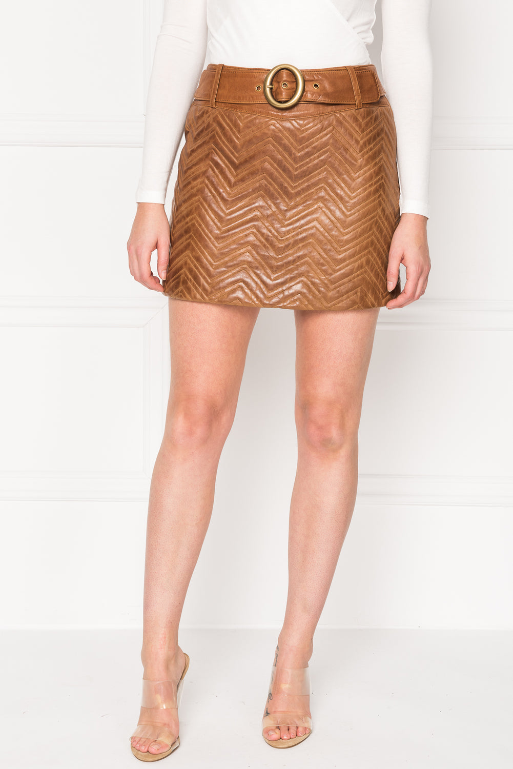 KISSA Luggage Quilted Belted Leather Mini Skirt