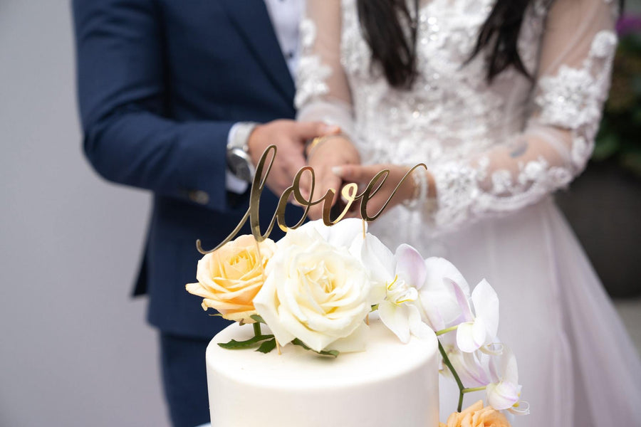 The Best Silhouette Cake Toppers that You Can Crown In Your 2021 Cakes