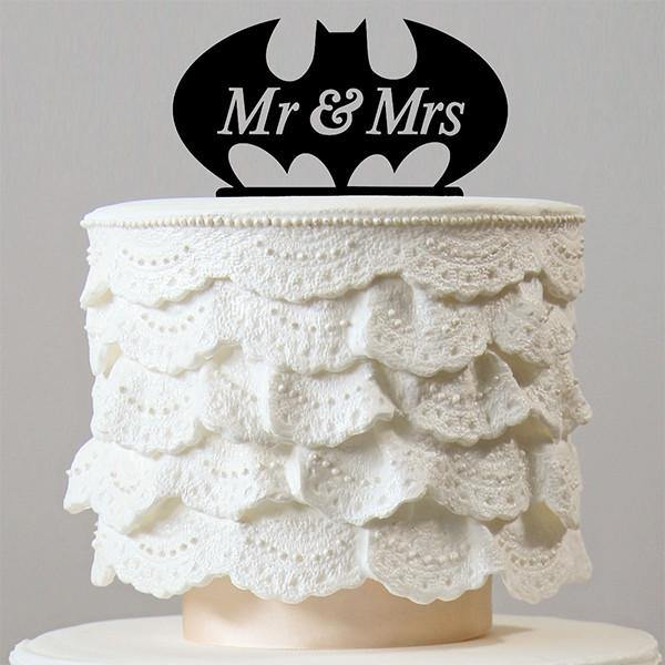 Bat Wedding Cake Topper (Mr & Mrs /Cartoon Comics TV Movie Hero Theme /Creative Funny)