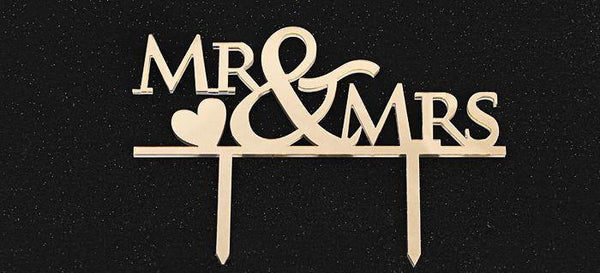 Wedding Cake Topper /Anniversary Cake Decoration (Mr & Mrs /Romantic Love)