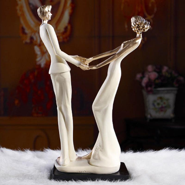 Wedding Gift & Engagement Present (Happy Groom Bride Figurine /Figure)