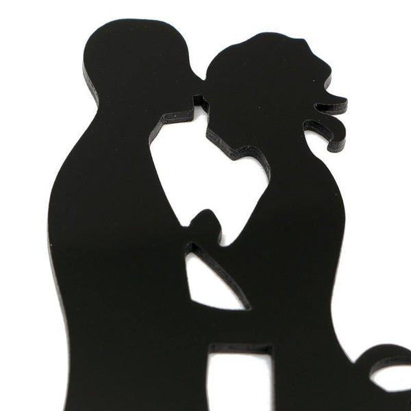 Wedding Cake Topper /Anniversary Cake Decoration (Romantic Kiss /Bride Groom /Mr Mrs)