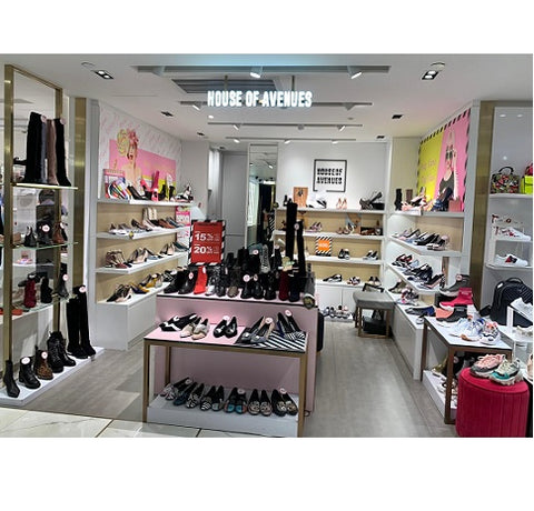 sogo causewaybay store image of women's shoes brand House of Avenues