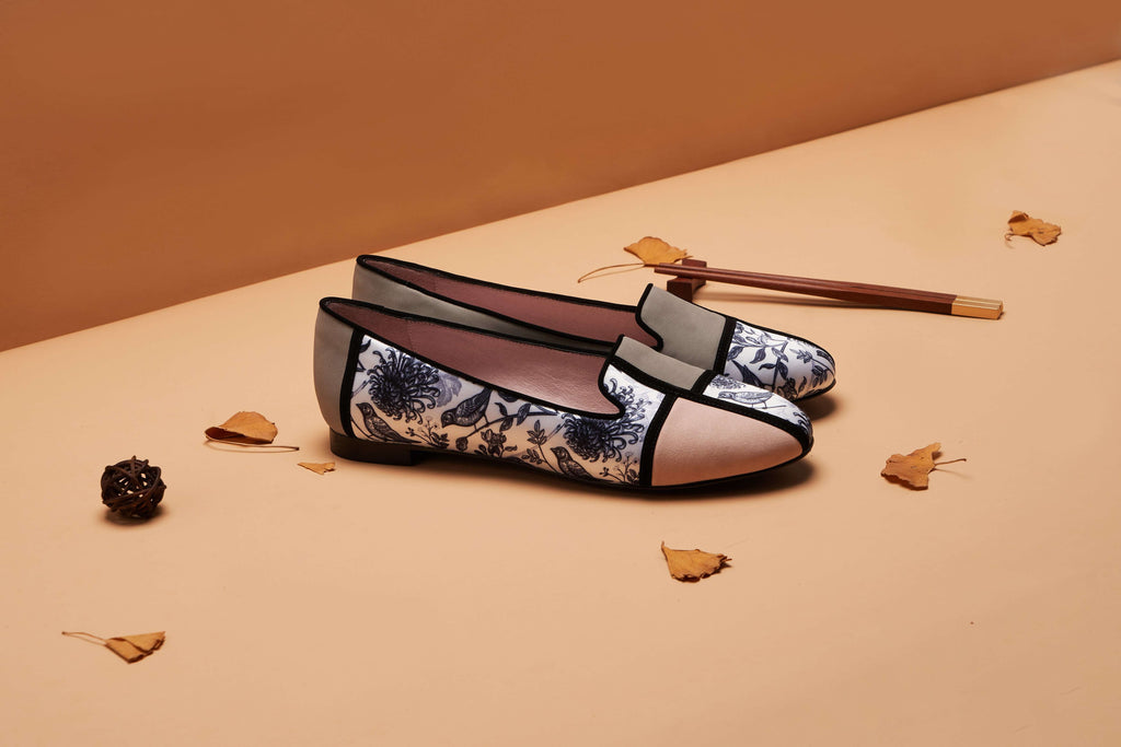 Ladies Oriental Style Floral Print Loafer Pumps 5381 Grey - House of Avenues - Designer Shoes | 香港 | 女鞋 House of Avenues