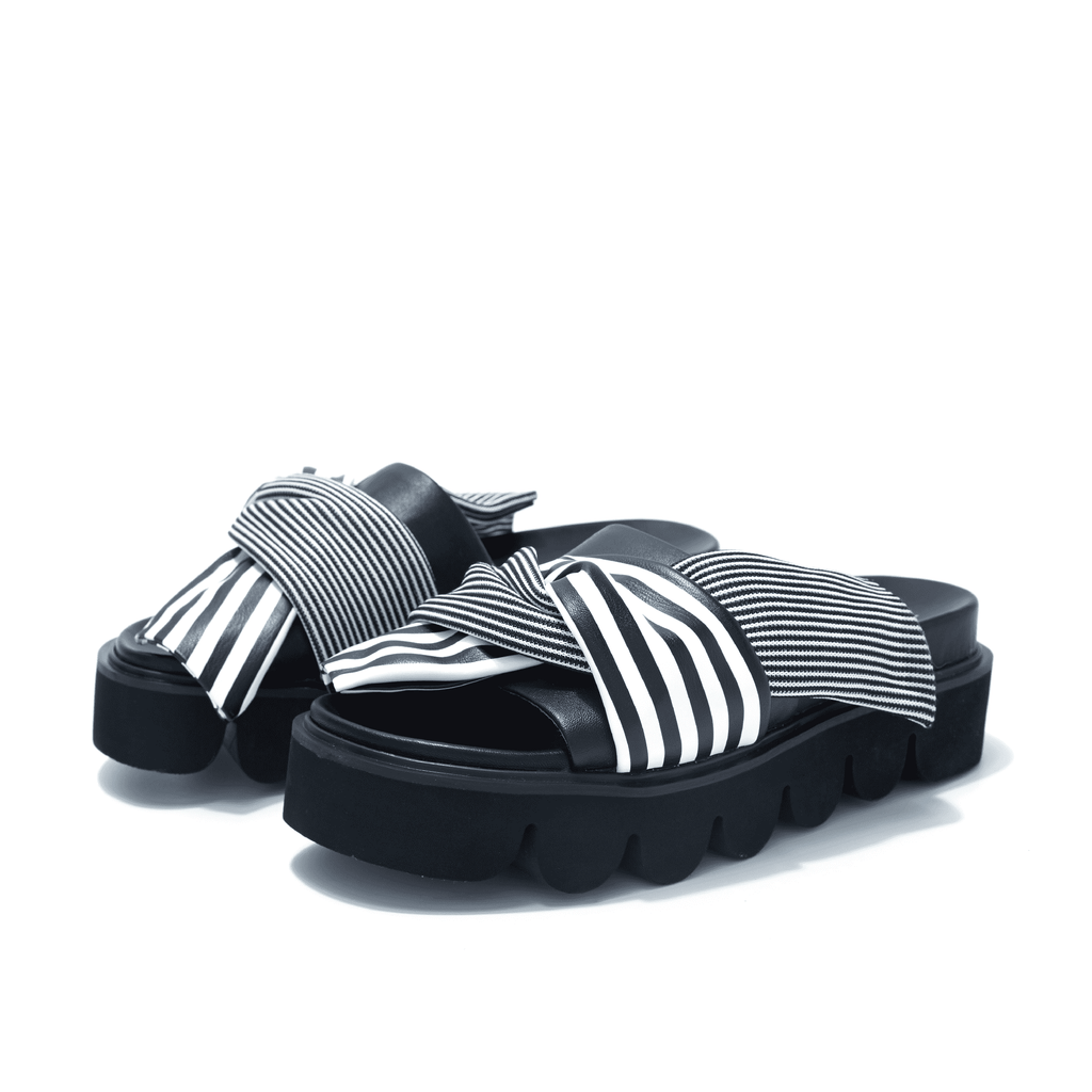 Ladies' Chunky Bow Beach Sandal 4139 - House of Avenues - Designer Shoes Online