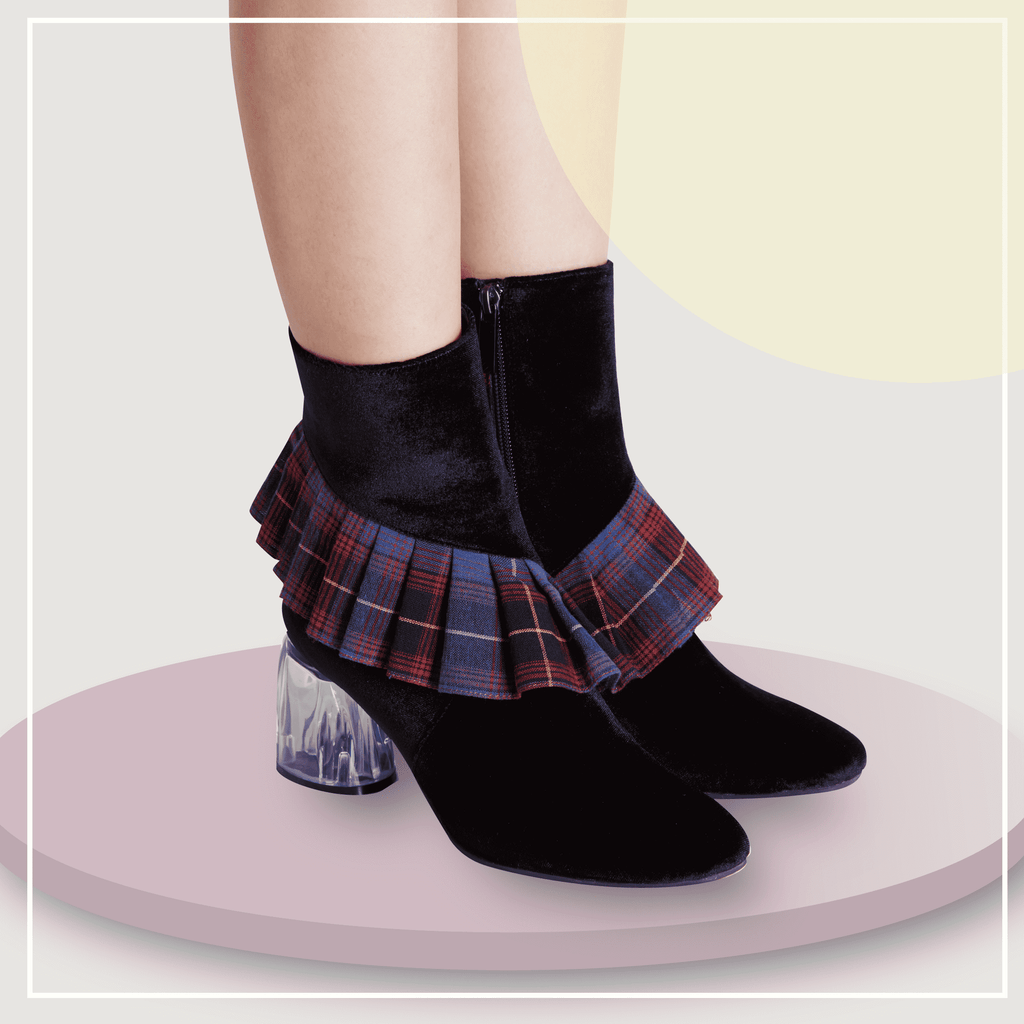 Ladies Check Ruffle Bootie 4158 Black - House of Avenues - Designer Shoes Online 香港女鞋網店