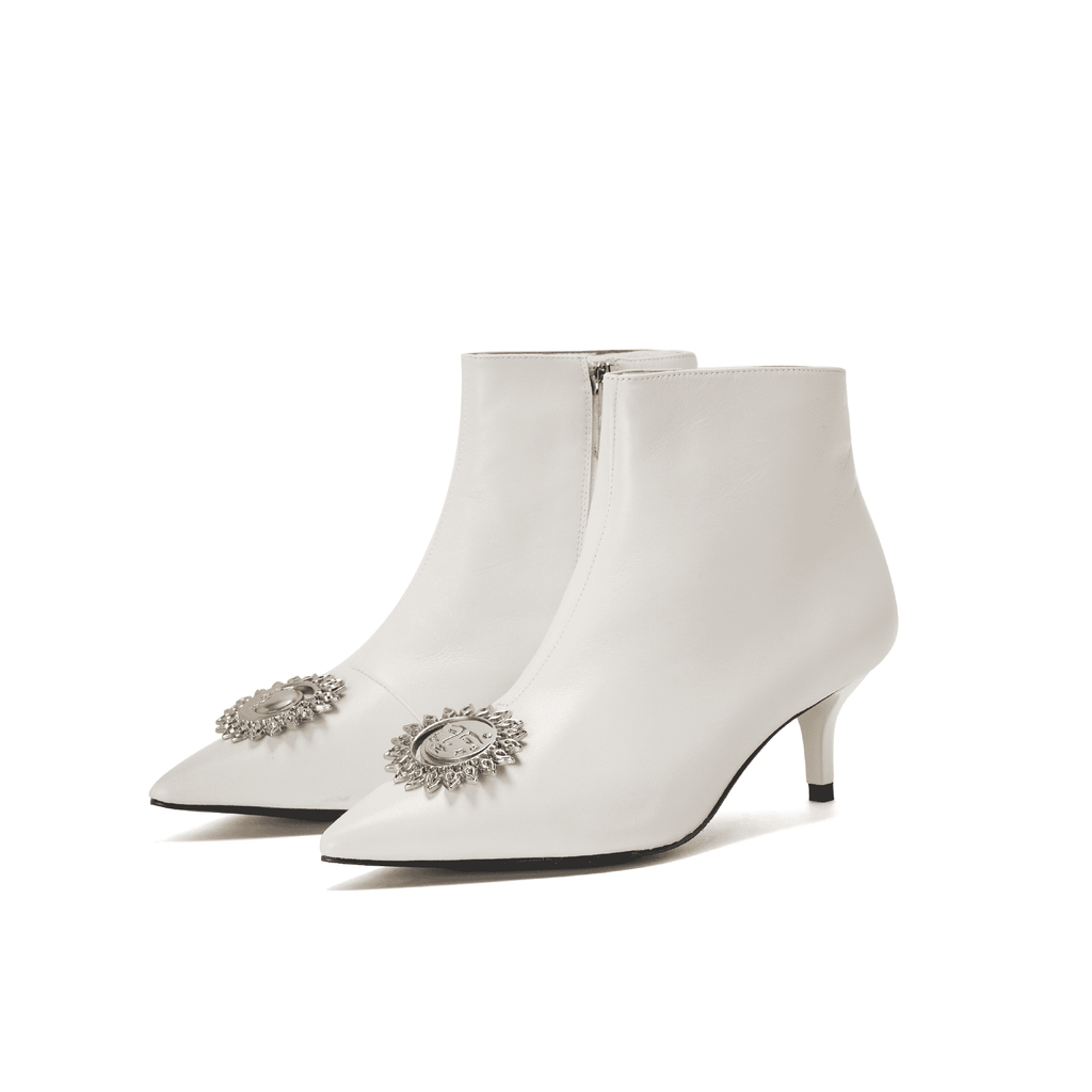 Live Within I  Ladies' Classic Ankle Boot 5422 White - House of Avenues - Designer Shoes Online