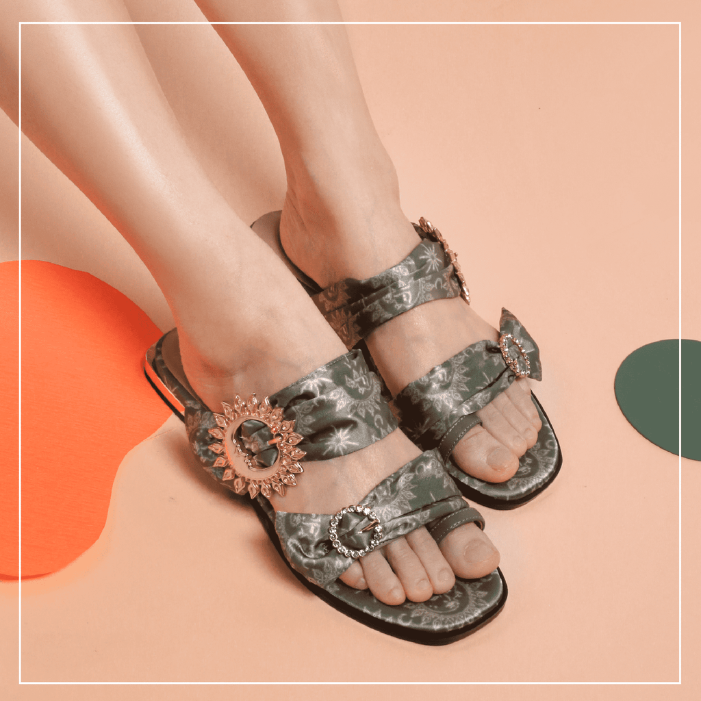Live Within II Ladies' Retro Flat Sandal 5453 Green - House of Avenues - Designer Shoes Online 香港女鞋網店