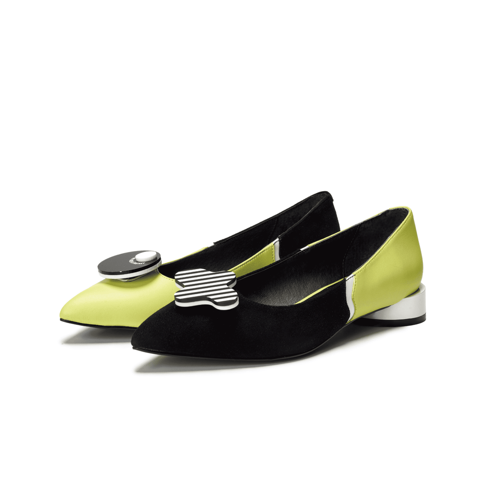 Everyone needs a fantasy Ladies' Color Block Flat Pumps 5450 Black - House of Avenues - Designer Shoes Online
