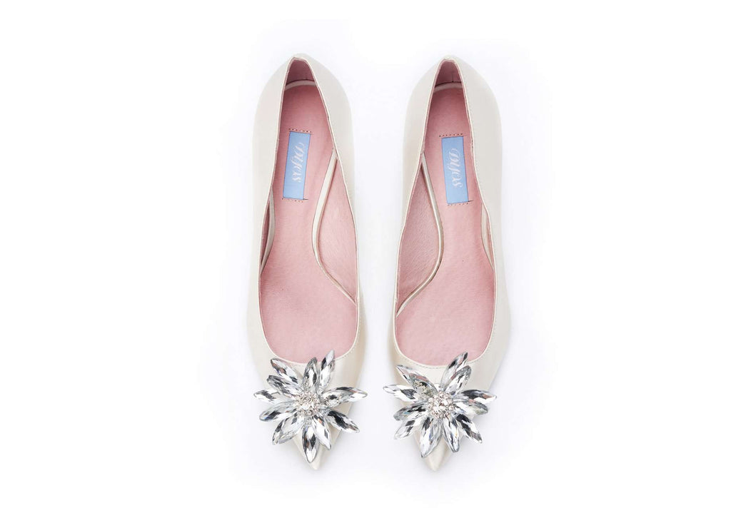 Isabella Pumps 101000 (White) - House of Avenues - Designer Shoes | 香港 | 女鞋 House of Avenues