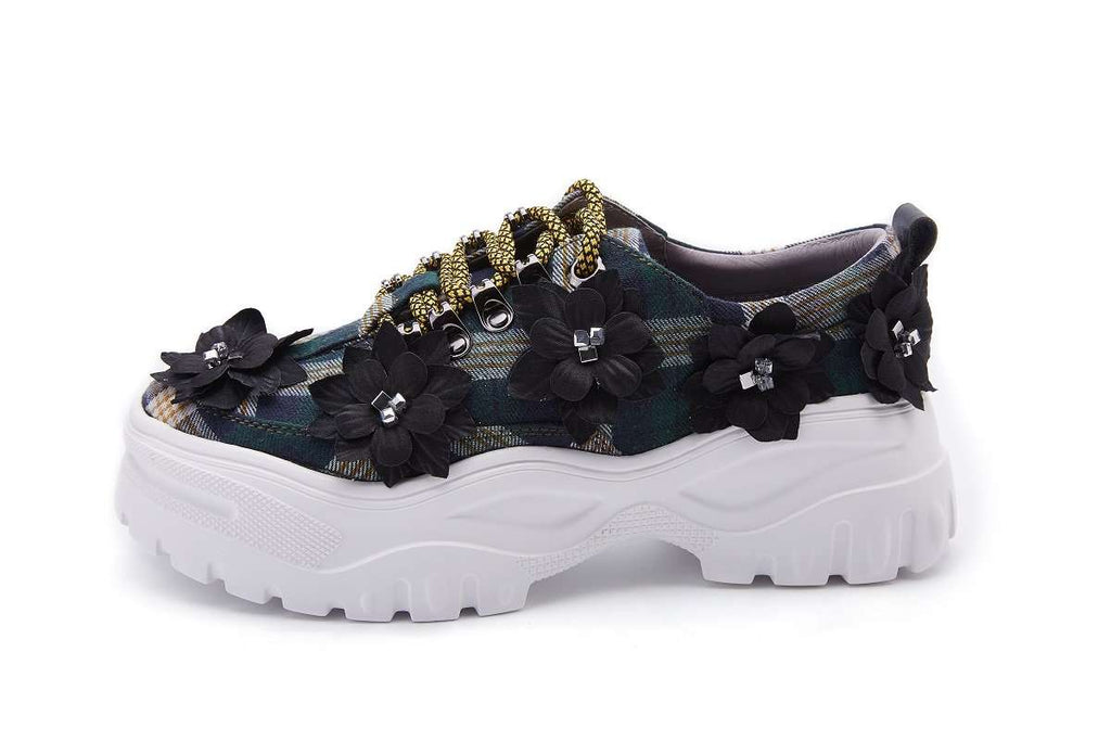 Ladies 3D Flower Chunky Sneaker 5086 Silver & Check - House of Avenues - Designer Shoes | 香港 | 女鞋 House of Avenues