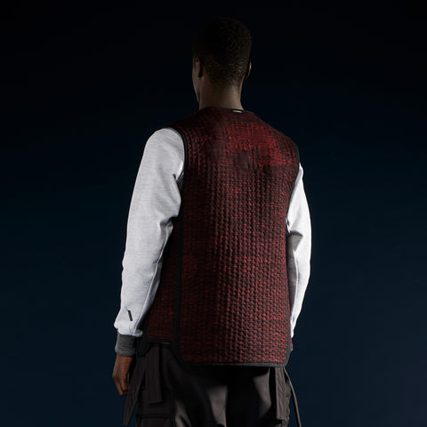 BYBORRE reversible vest aw19 the layered edition graphite deep red on body back