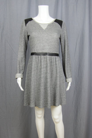 KNIT DRESS WITH FAUX LEATHER BLACK TRIM