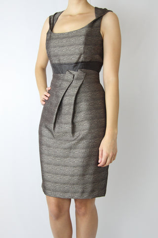 SLEEVELESS TWISTED STRAP DRESS WITH CONTRAST WAISTBAND