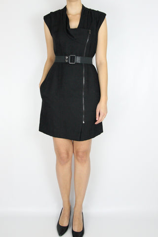 SLEEVELESS ZIPPERED DRESS WITH BELT