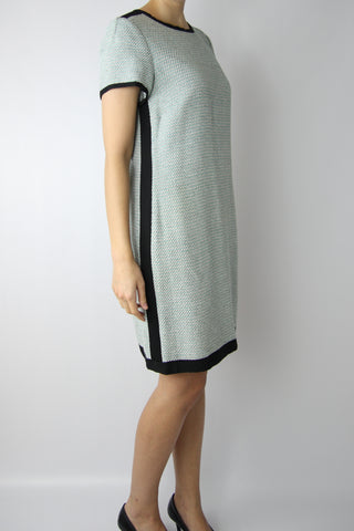 SHORT SLEEVE TWEED DRESS WITH CONTRAST TRIM