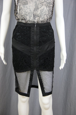 LACE & FISHNET ZIPPER SKIRT