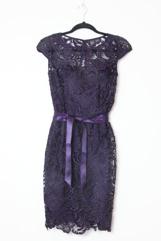 LACE DRESS WITH SATIN BELT TIE