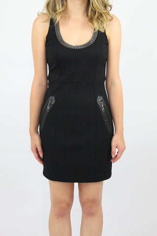 CHAIN NECK DRESS WITH LEATHER TRIM POCKET