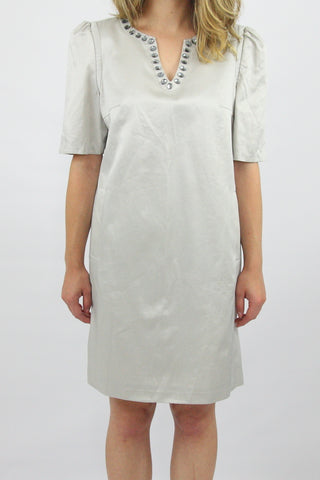 GEMSTONE NECK SHIFT DRESS