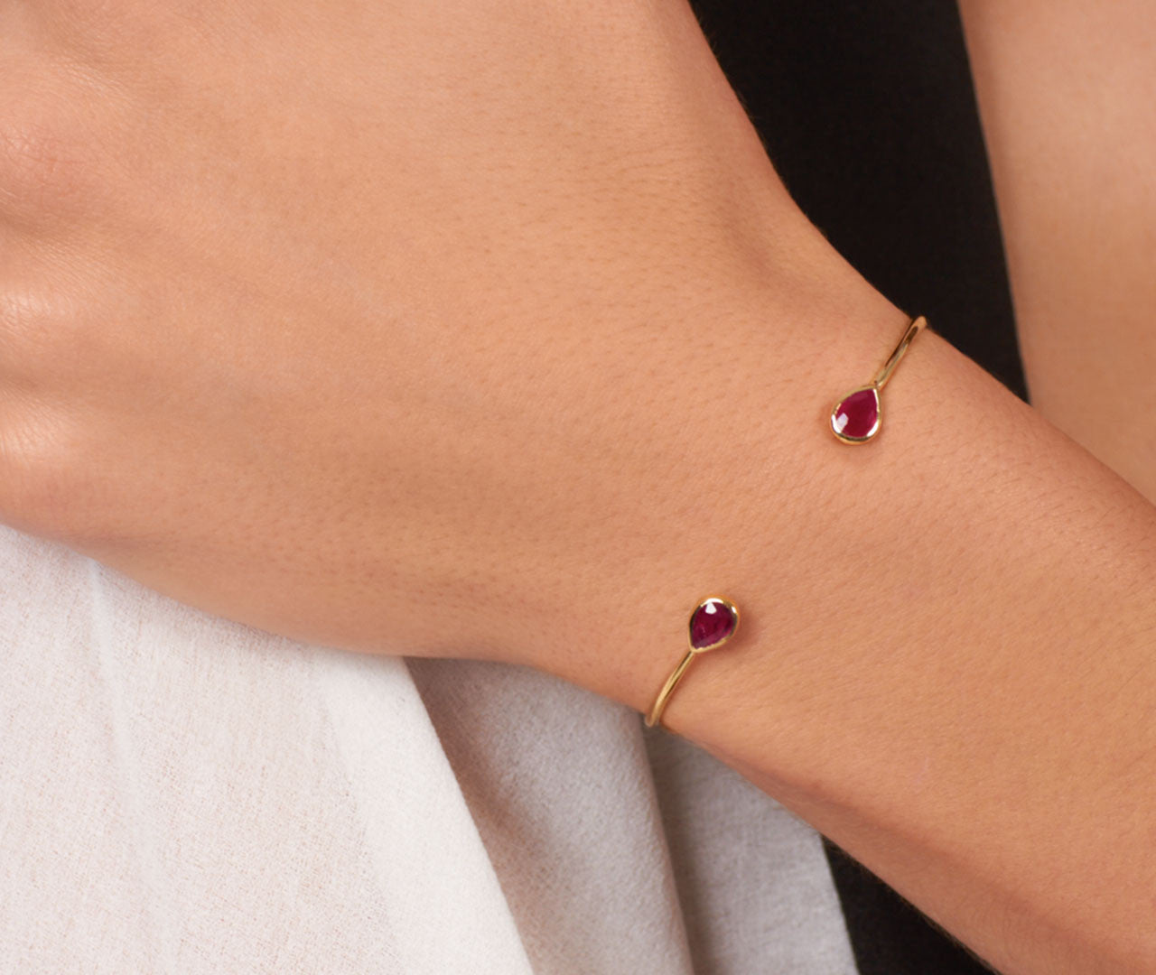Chirundu Bangle - Ruby