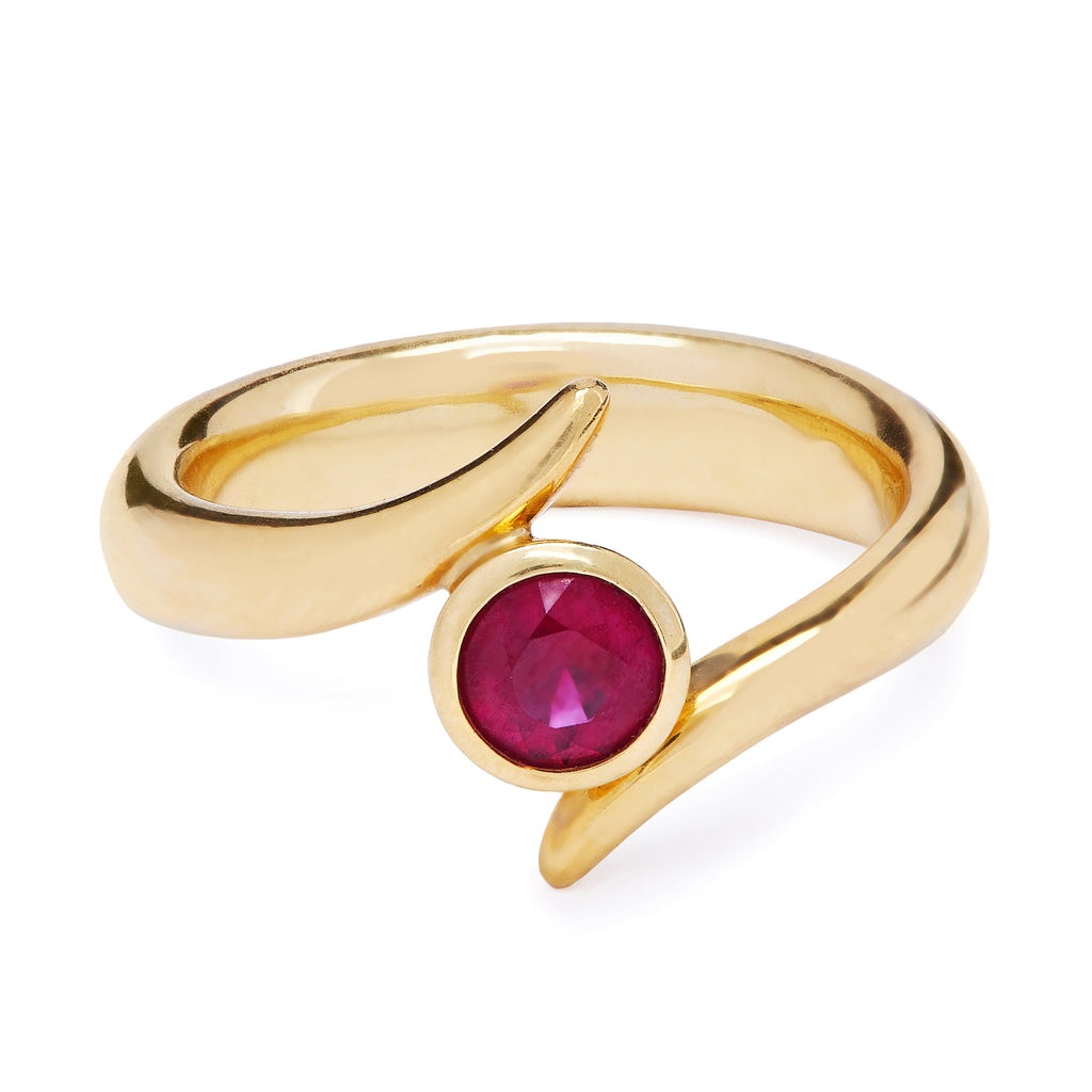 Mozambique Ring - Single Ruby