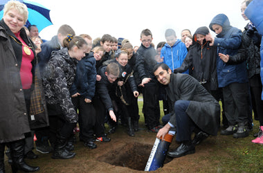 Humza Yousef MSP helps helped children from local primary schools bury a special time capsule - Time Capsules UK